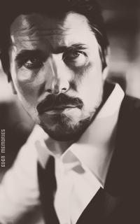 Christian Bale - Page 2 UuiKIq2M_o