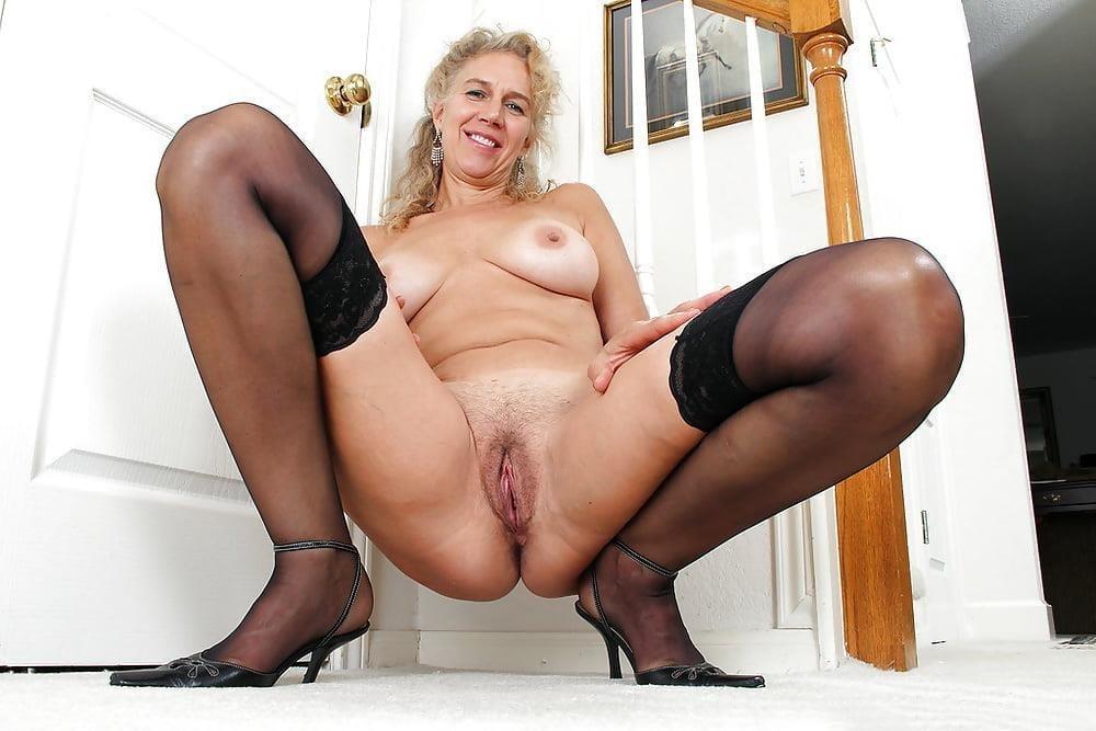 Mature women boobs pics-2408