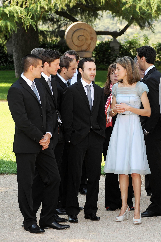 ¿Cuánto mide la Reina Letizia Ortiz? - Altura - Real height 0Bk89Ylw_o