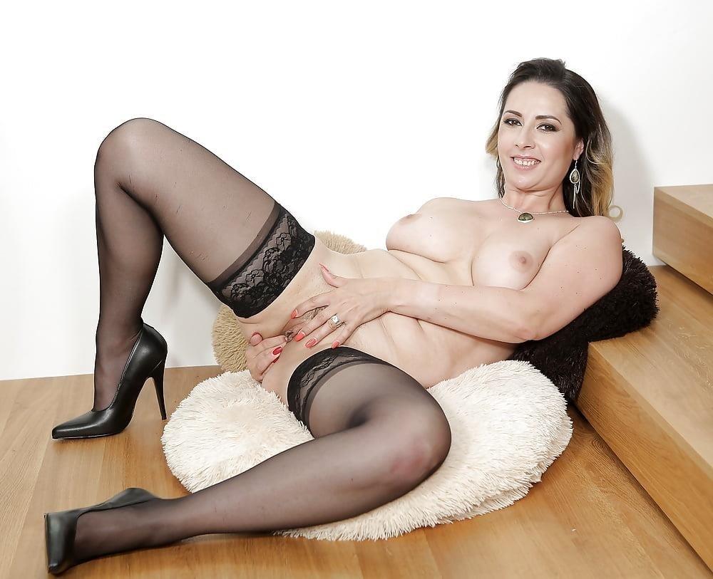 Milf big tits stocking-7558