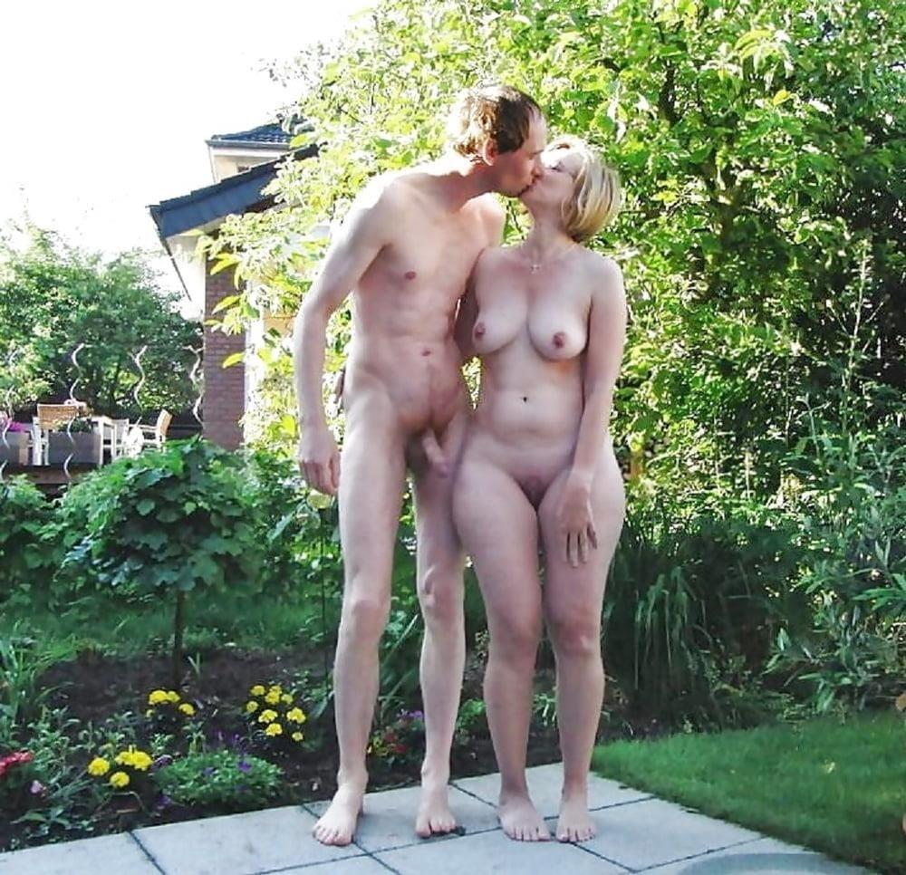 Naked mature tgp-8646