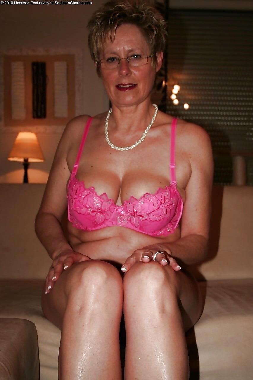 Beautiful naked mature men-6125