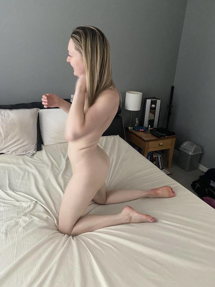 Hottest blonde milf-4795