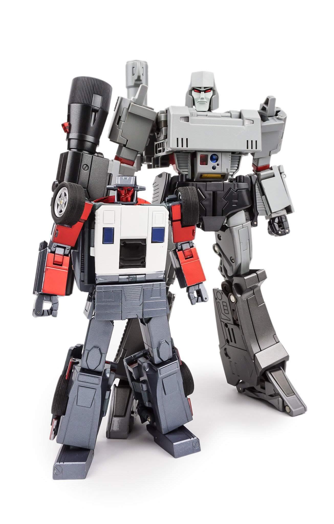 [X-Transbots] Produit Tiers - Jouets Berserkars forme Monolith (MX-XIII à MX-VII) - aka Stunticons forme Menasor/Menaseur - Page 2 5fLOhbWR_o