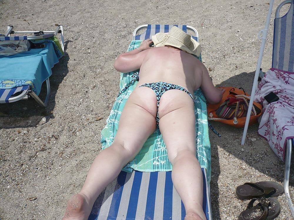 Beautiful mature women in bikinis-8361