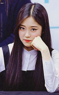 Hyunjin (Loona) Xwk61cIx_o