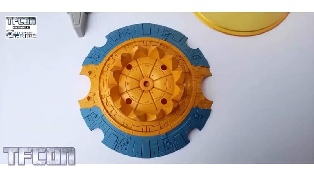 [Zeta Toys―01 Studio] Produit Tiers - ZV-02 Core Star―Cell - aka Unicron - Page 3 FTyO0td4_o