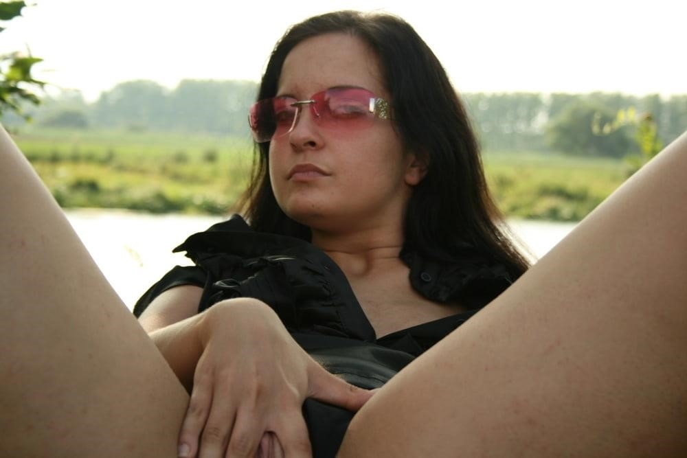 Photo shoot turns lesbian-5502