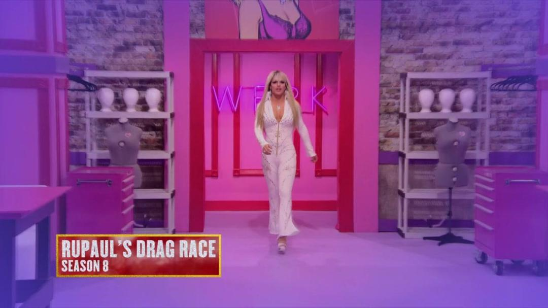 RuPauls Drag Race Vegas Revue S01E01 Baby We Made It 720p WEB-DL AAC2 0 H264-BTN