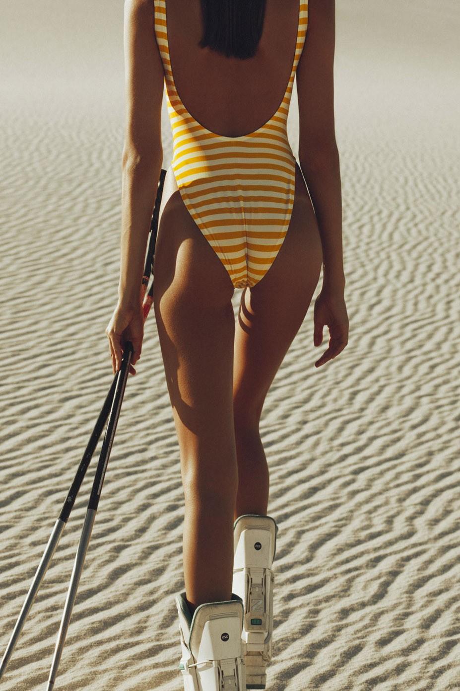 На лыжах по песчаным дюнам - Рафаэлла Консентино / Rafaella Consentino by Sven Kristian - Vallee de atlantis