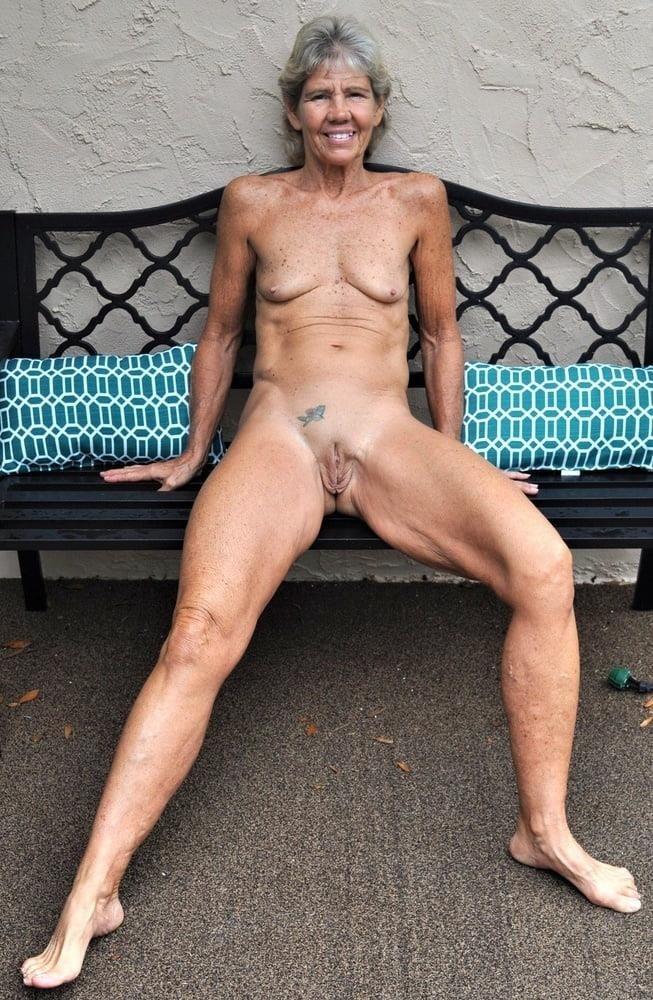 Porn pics mature amateur-6870
