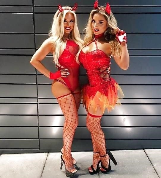 Very sexy costumes-4880