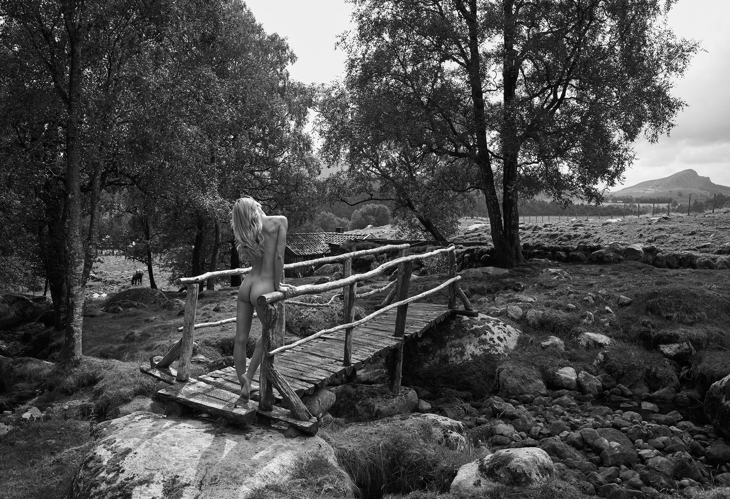 эротический календарь 12 чудес природы / Норвегия 2018 / фото 07