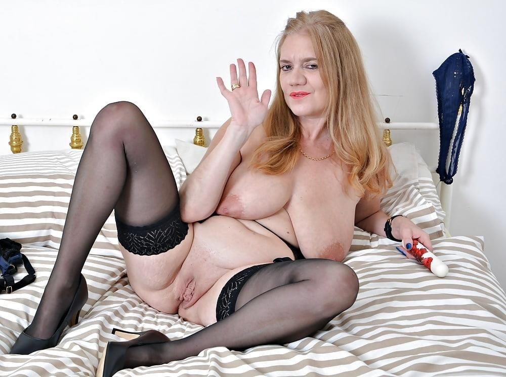 Milf big tits stocking-8396