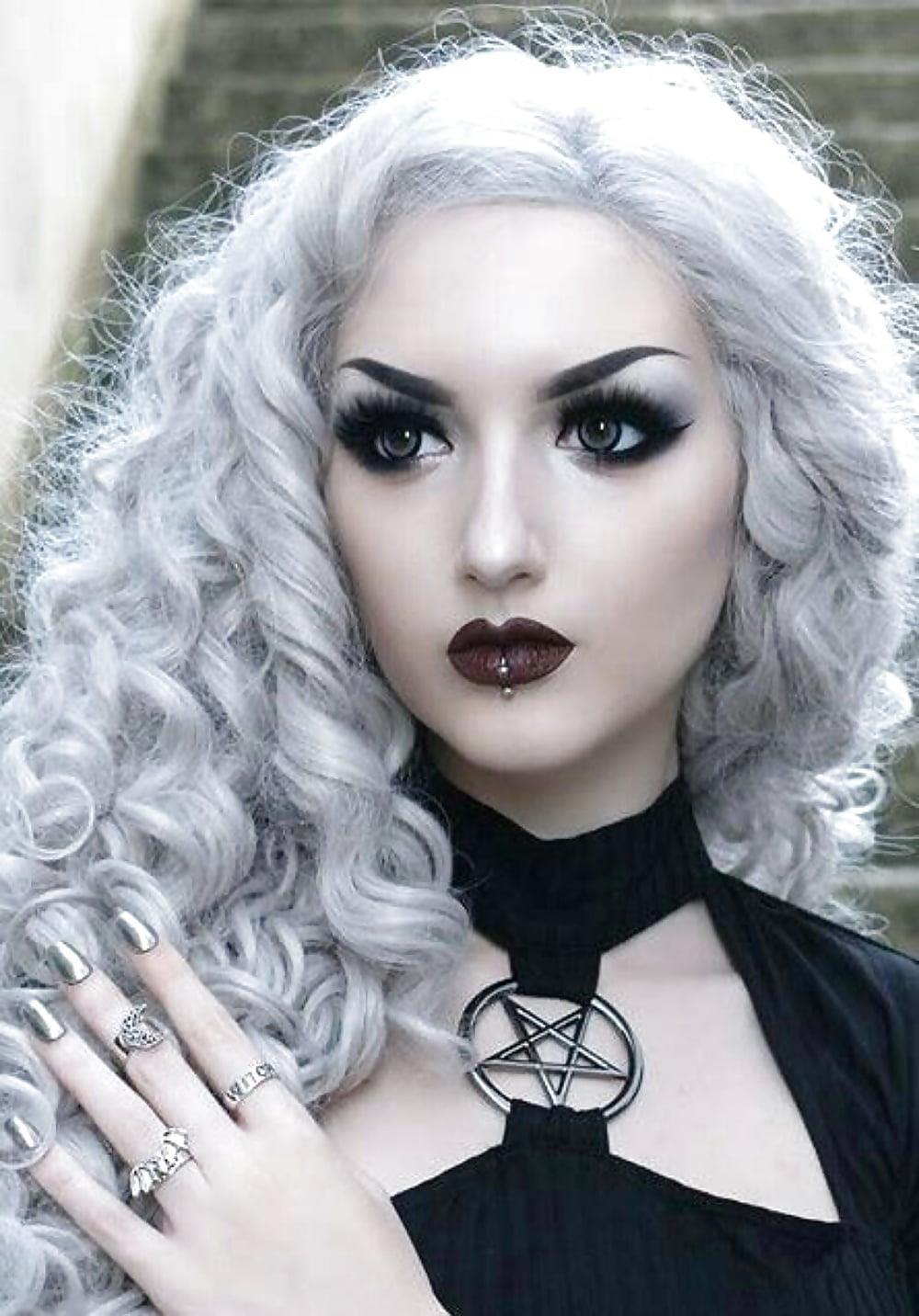 Pony hairstyles for black ladies-8983