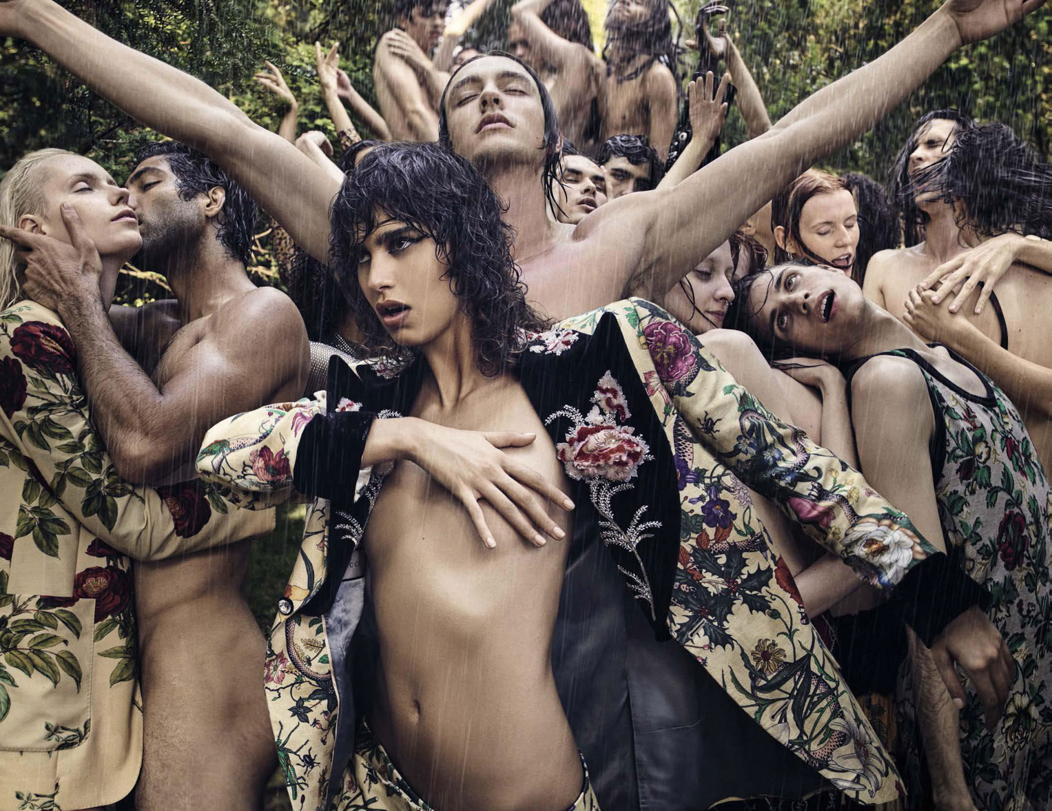 Mica Arganaraz by Luigi Murenu and Iango Henzi - Vogue Italia september 2017