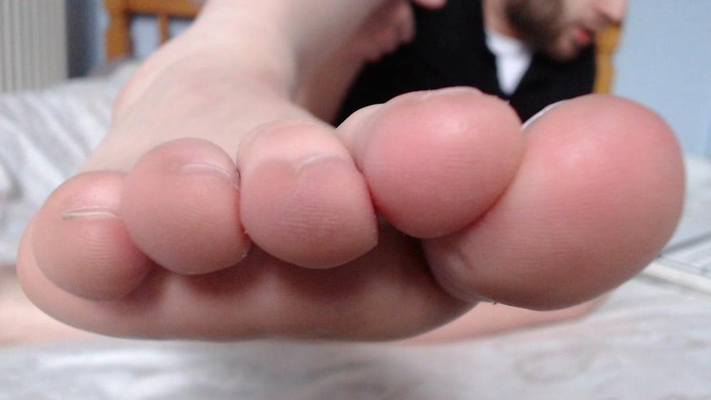 Male feet vids-2485