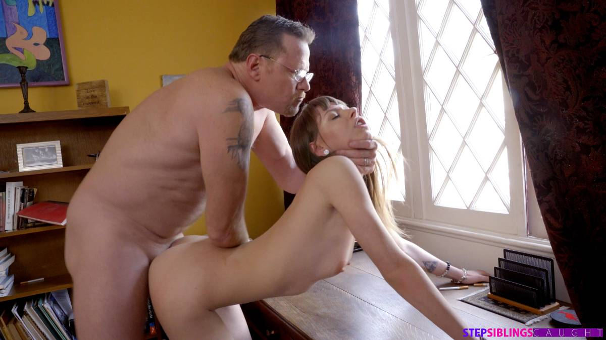 Alex Blake – Cant Control Myself S13E5 – Nubiles-Porn [HD]