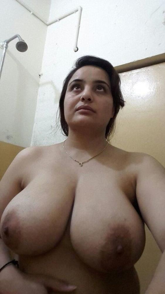 Big boobs lady pic-3613