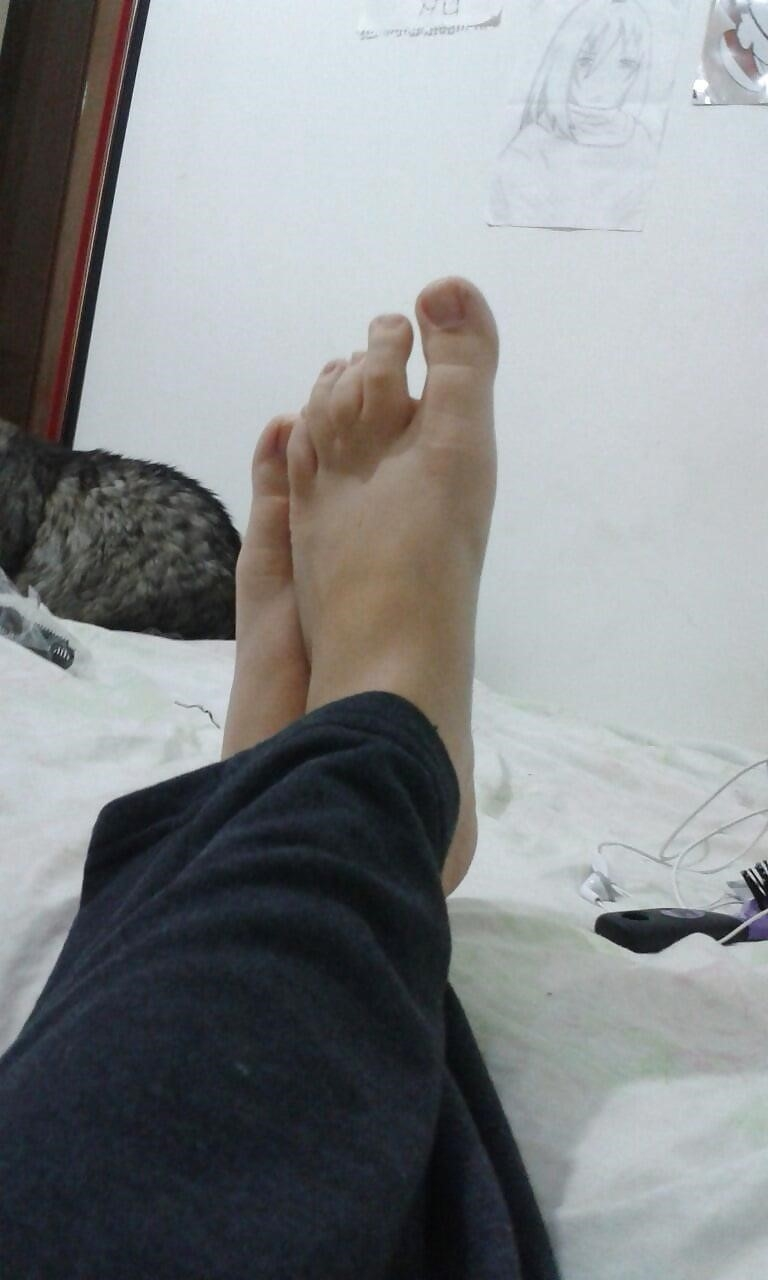 Brazil feet worship-5378