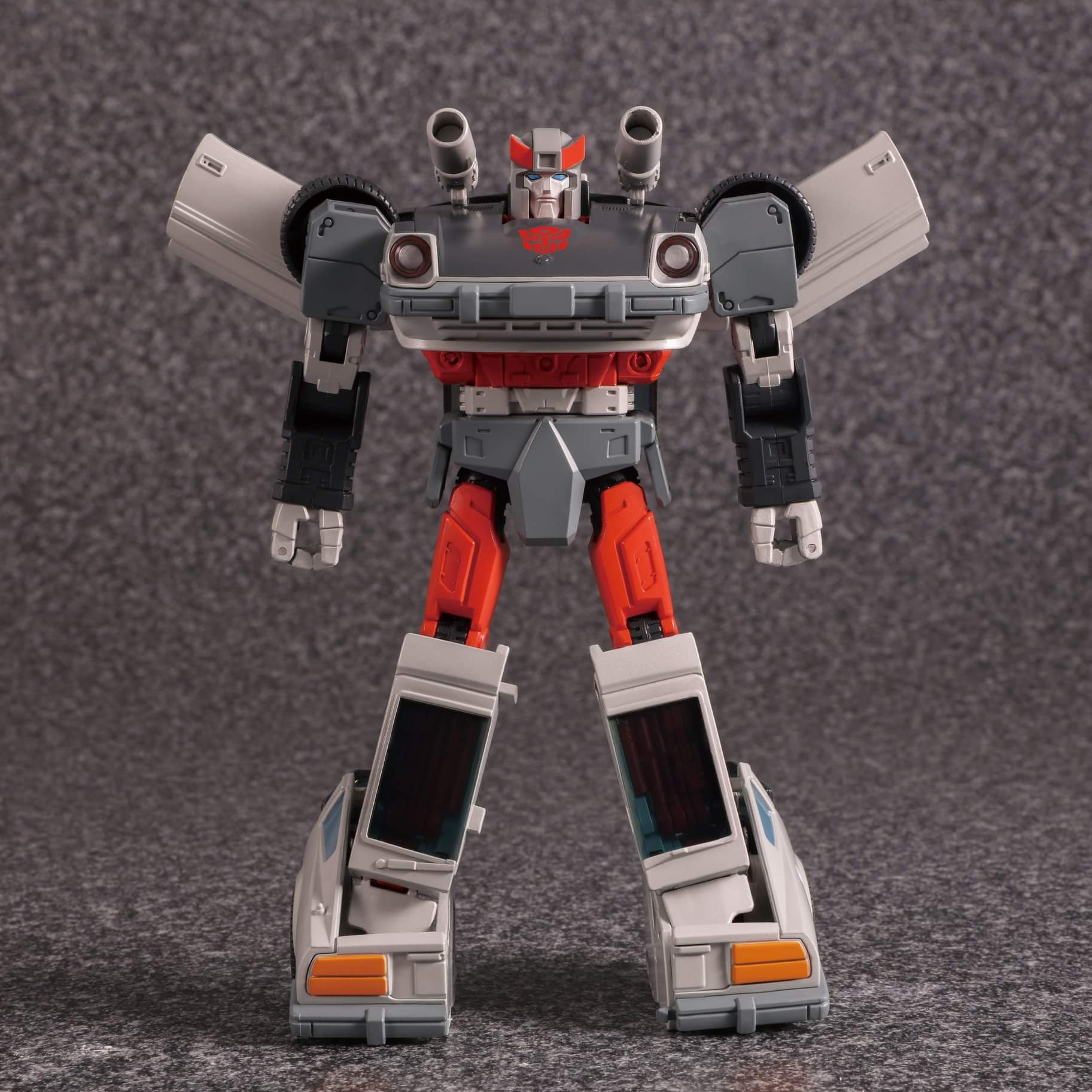 [Masterpiece] MP-18 Bluestreak/Jaseur - Page 3 CSdKEZs8_o