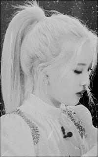 Kim Jeong Eun - LIP (LOONA) NMYO3YZw_o