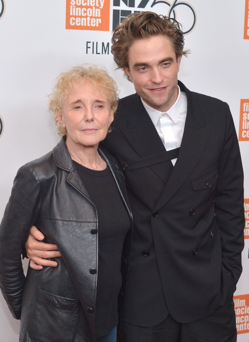 Hvem er Robert Pattinson dating nu 2012