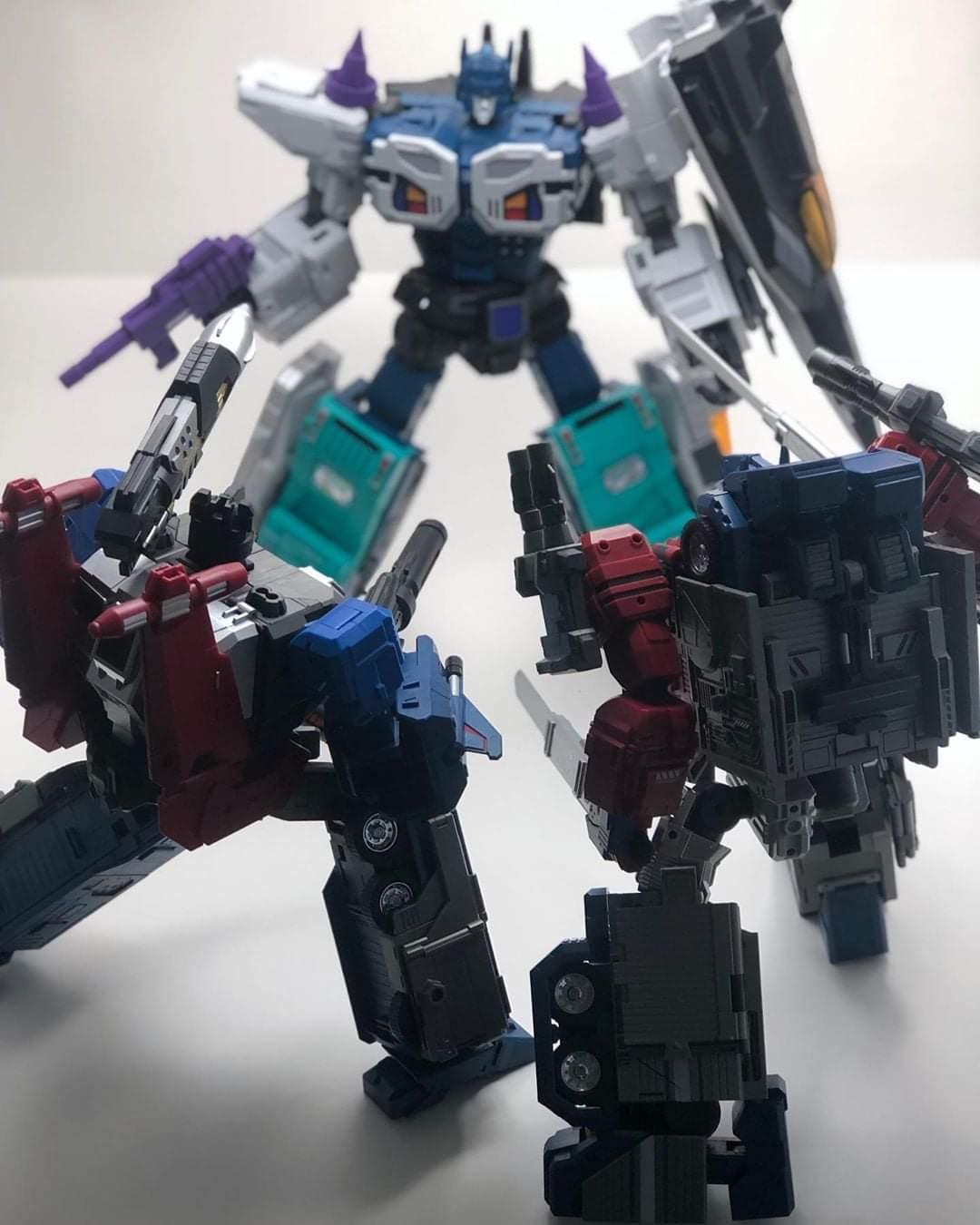 [FansHobby] Produit Tiers - MB-06 Power Baser (aka Powermaster Optimus) + MB-11 God Armour (aka Godbomber) - TF Masterforce - Page 4 NYSwvpAs_o