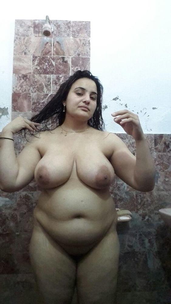Big boobs lady pic-4719