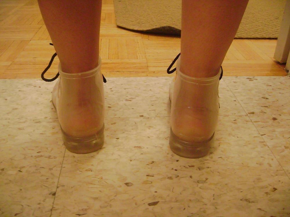 Womens white rain boots-6886