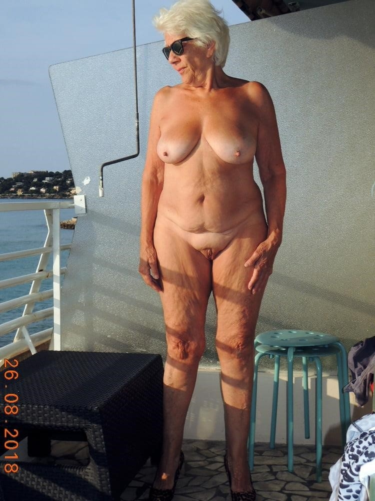 Porn pics mature amateur-2516