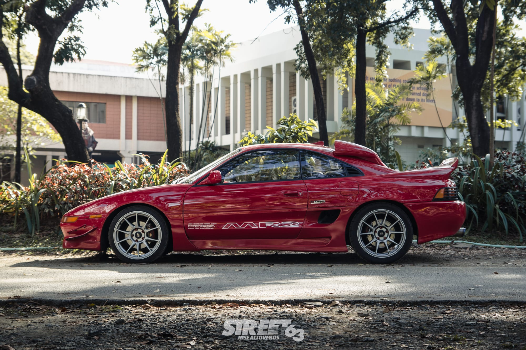 Quattro Elysse MR2 2