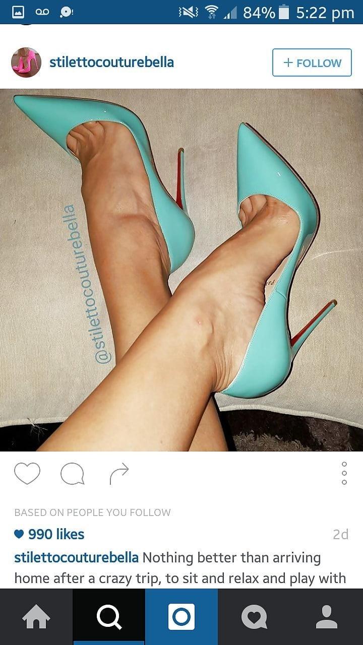 Sexy feet woman-9339