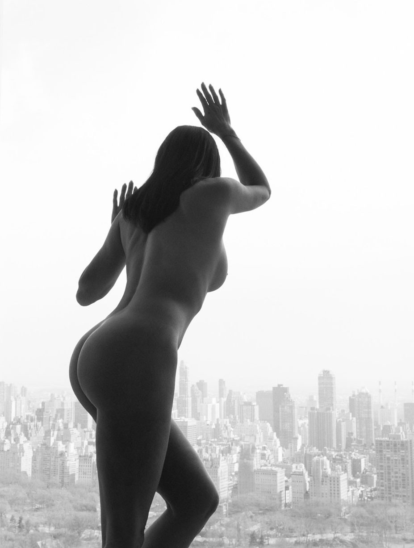 Обнаженные девушки в фотопроекте Nude York by Reka Nyari