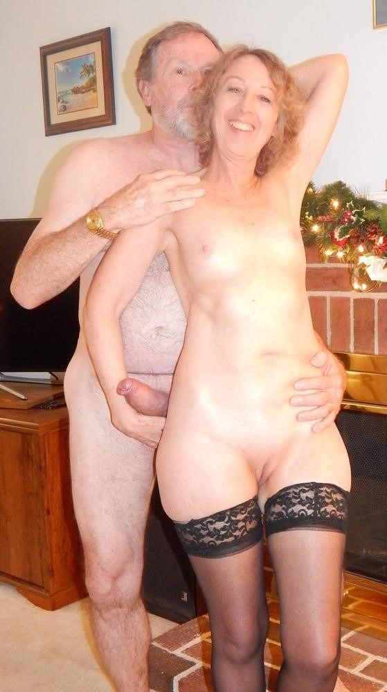Sexy nude couple gif-1842