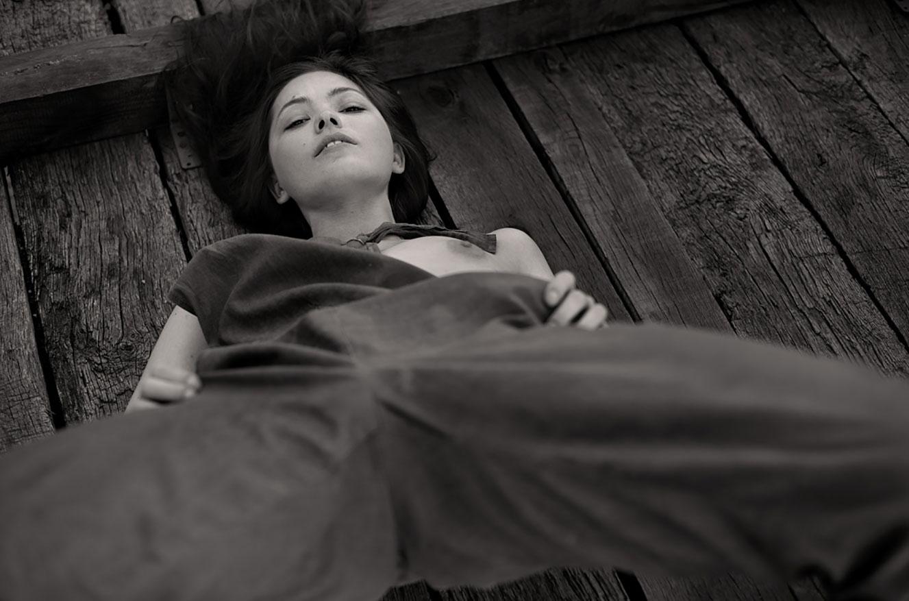 Алина Небула топлес / фото 12