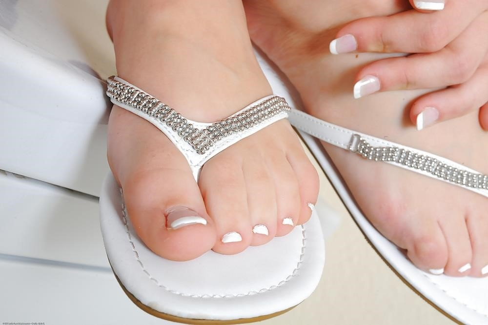 Young porn feet-8764