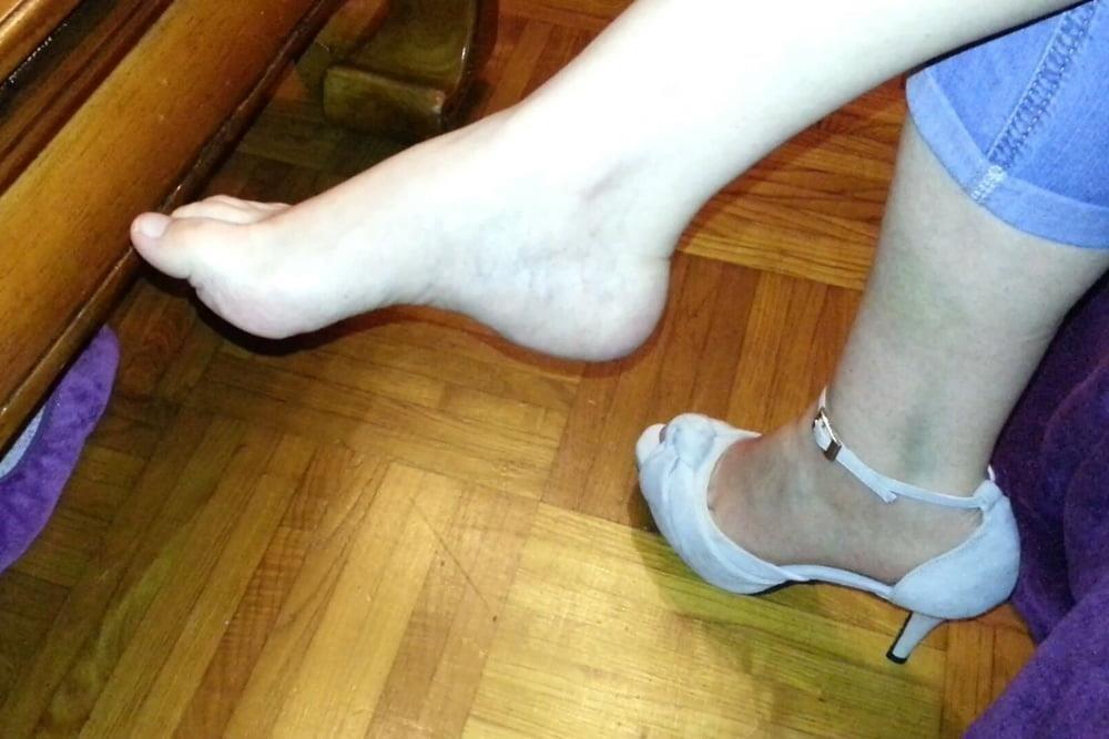 Mature feet pics-1394