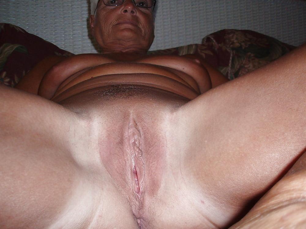 Chubby granny naked-2553