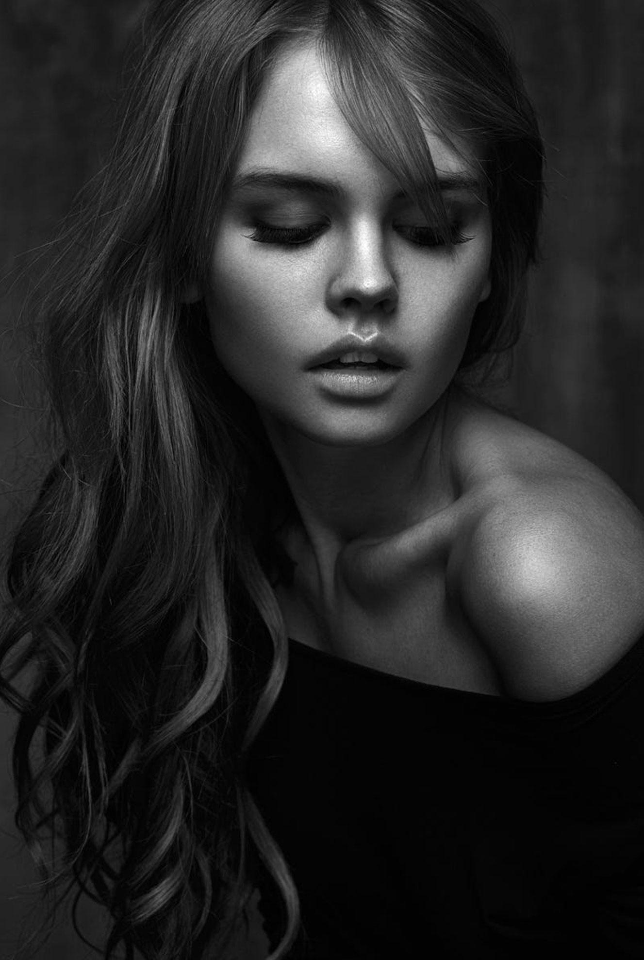 портрет Анастасии Щегловой / Anastasiya Scheglova by Babak Fatholahi