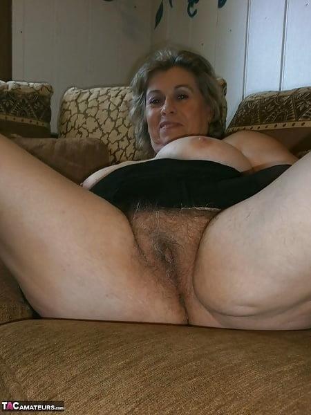 Free mature stocking porn-3321