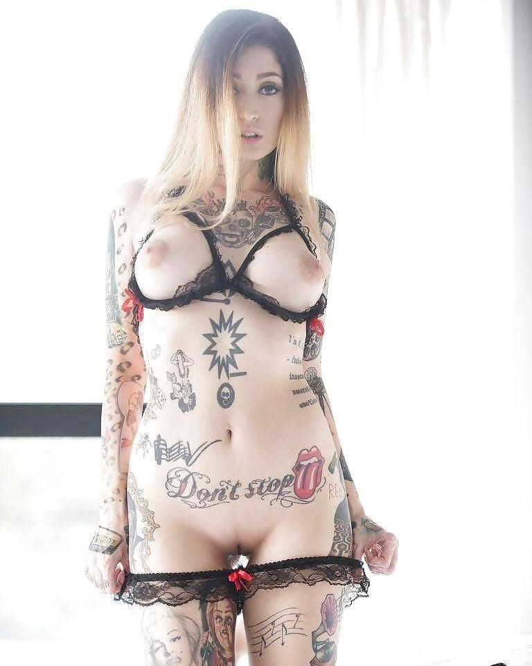 Sexy tattoo girls nude-7993
