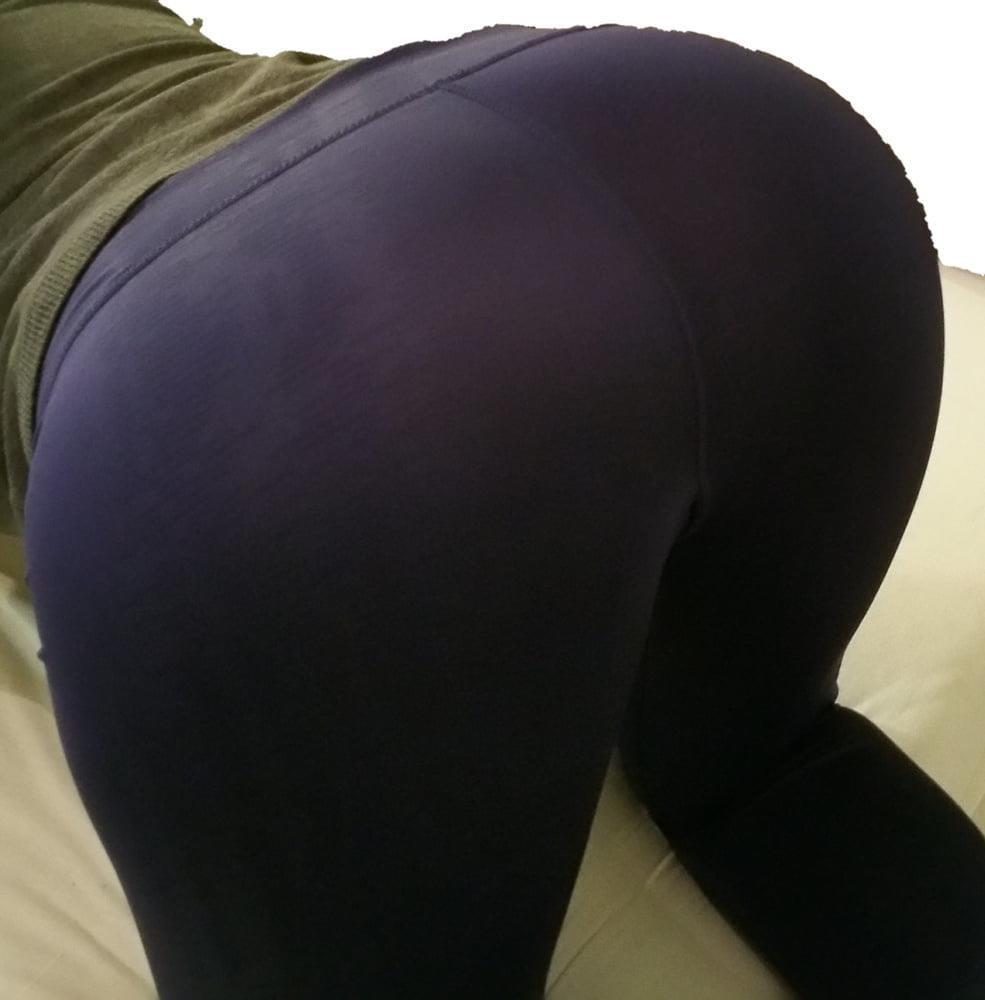 Yoga pants foot fetish-7617