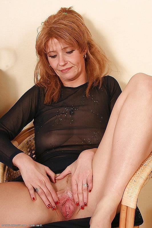 Beauty mature sex pics-9680