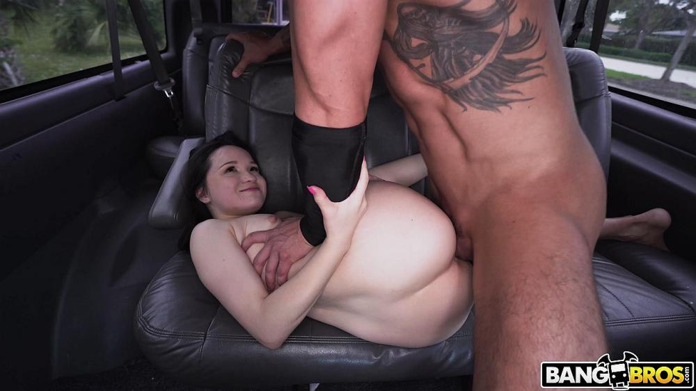 Rosie Riches, Tyler Steel – The Small Ones Are The Horniest – Bang Bus – BangBros