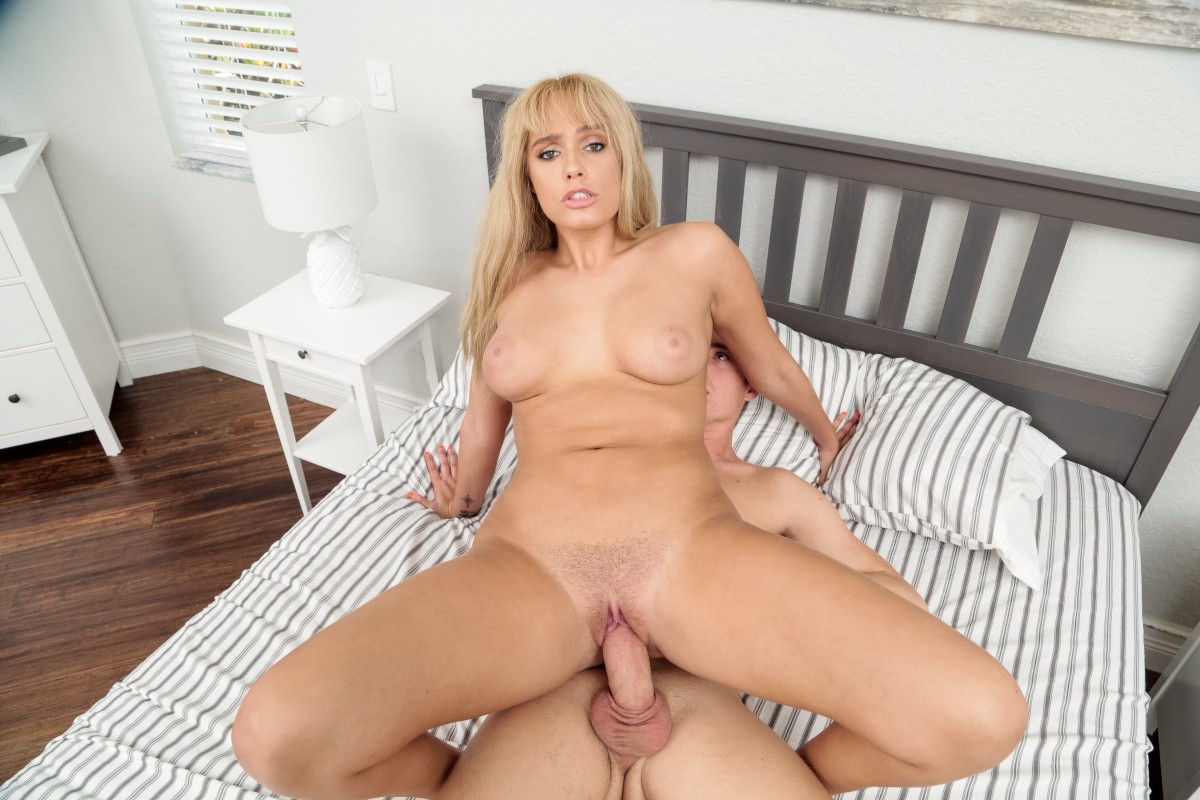 Athena Palomino, Justin Hunt – Father's Day Peach – Babes