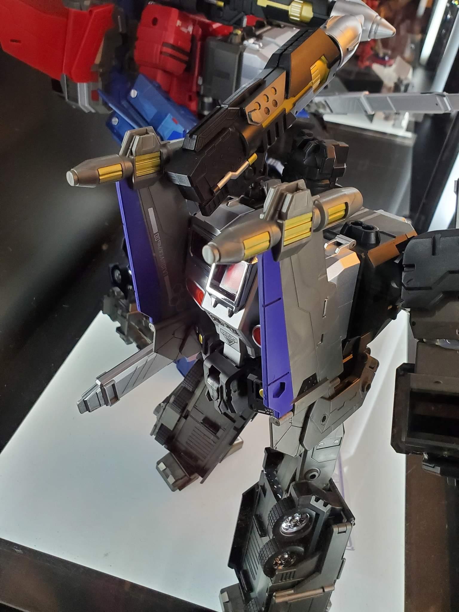 [FansHobby] Produit Tiers - MB-06 Power Baser (aka Powermaster Optimus) + MB-11 God Armour (aka Godbomber) - TF Masterforce - Page 4 IBxRPEkH_o