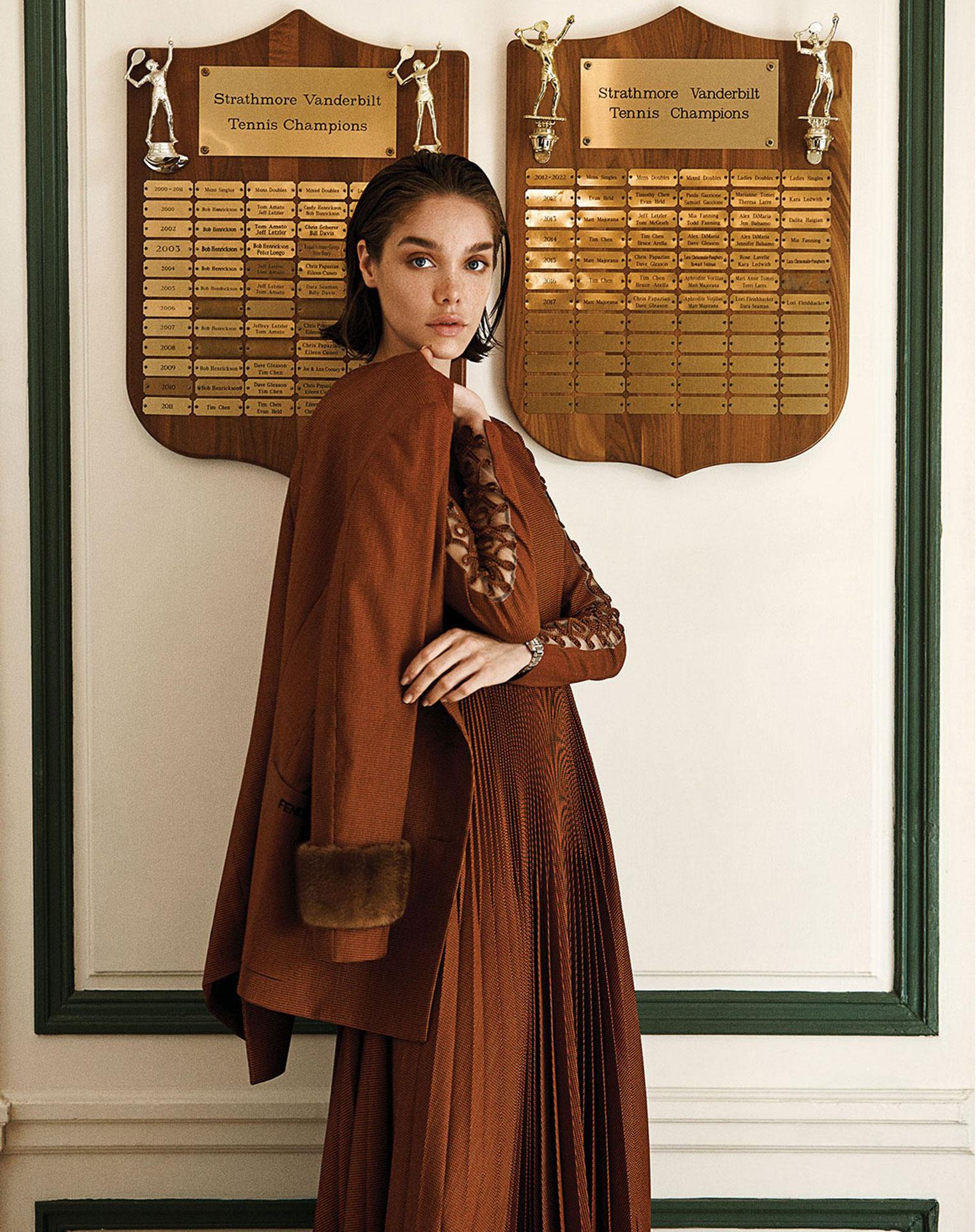 -Королева кортов- Мишель Дантас в модной одежде спортивного стиля / фото 02