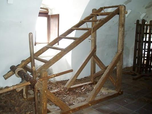 Medieval torture bondage-8638