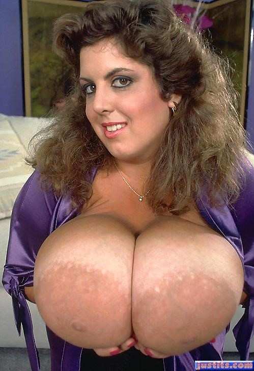Biggest tits in the world pics-6731